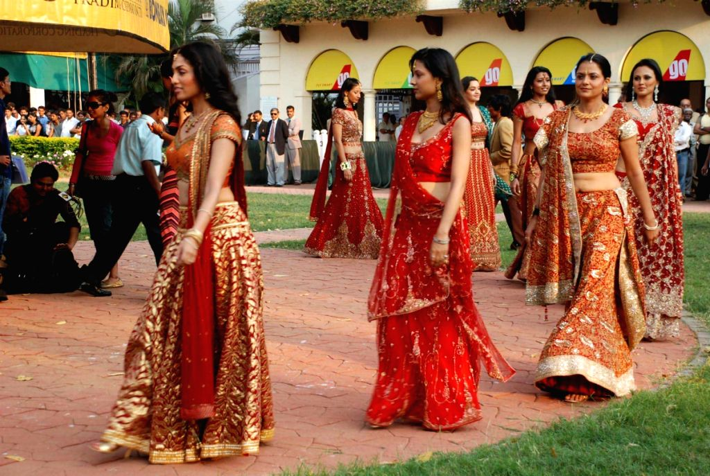 Finalists of the Gladrags Mega Models at CN Wadia Cup.