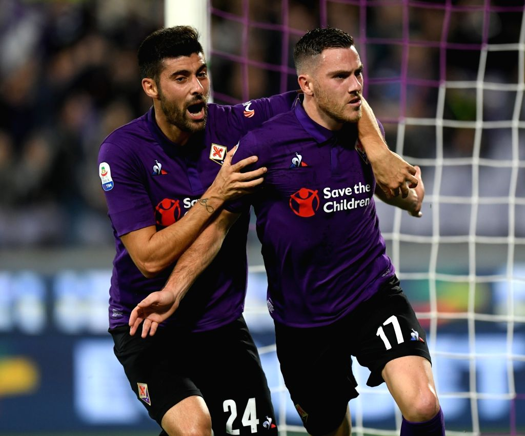 FLORENCE, Nov. 4, 2018 - Fiorentina's Jordan Veretout (R) celebrates during the Serie A soccer match between Fiorentina and Roma in Florence, Italy, Nov. 3, 2018. The match ended 1-1.