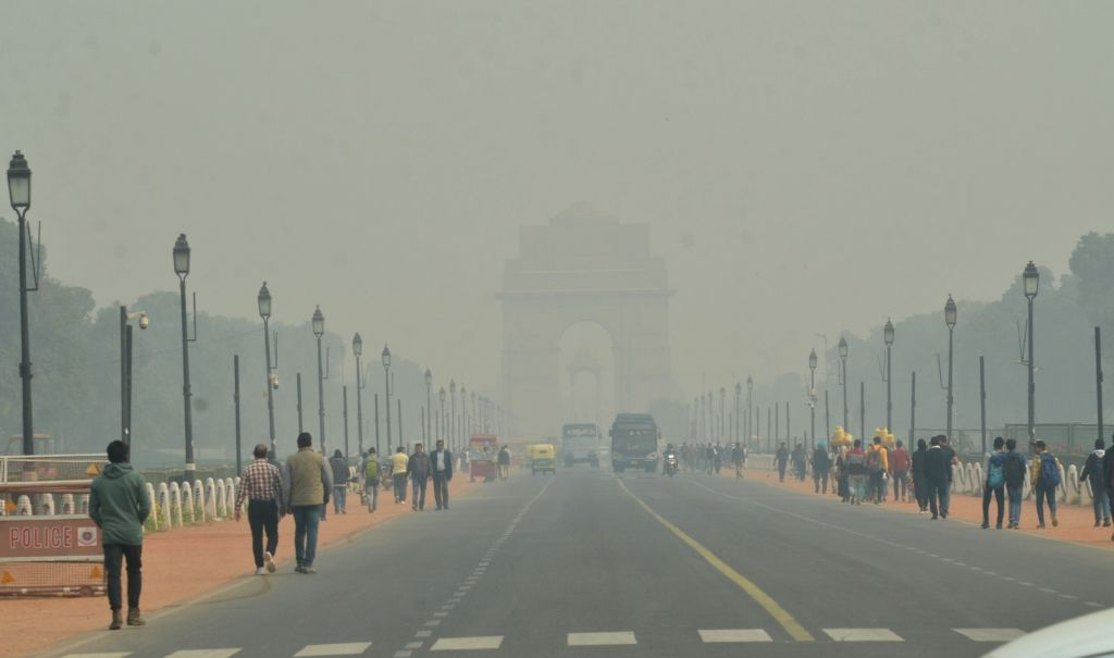 Fog envelopes national capital with the onset of winters on Dec 5, 2019.
