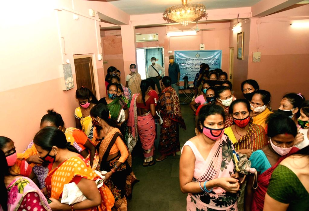 Foods being distributed to sex workers by the State Government during the lockdown on coronavirus pandemic in Kolkata on Wednesday 09 June, 2021.