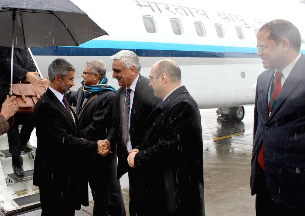 Foreign Secretary S Jaishankar being welcomed as he arrives in Afghanistan.
