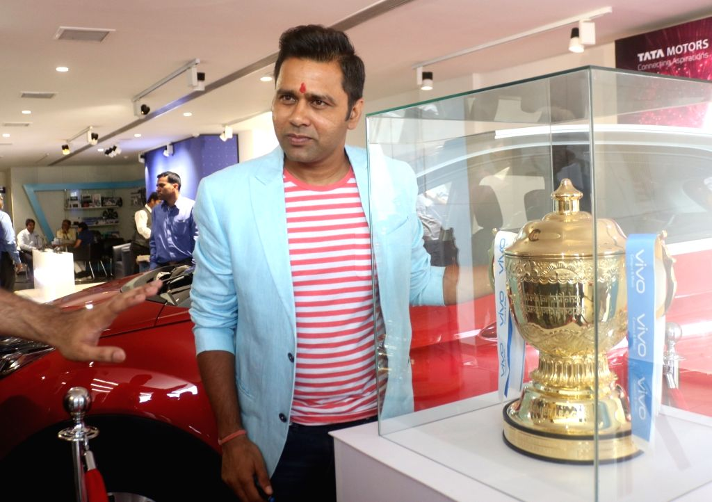 Former cricketer Aakash Chopra during the IPL Trophy Tour 2018, in New Delhi on March 29, 2018. - Aakash Chopra