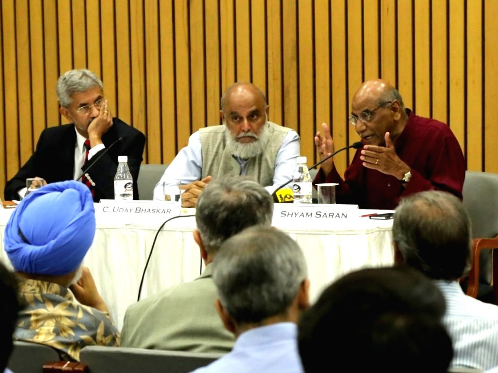Former Foreign Secretaries Shyam Saran and Dr S Jaishankar during a discussion to mark 10 years since U.S. nuclear restrictions were lifted on India, in New Delhi on Aug 9, 2018.