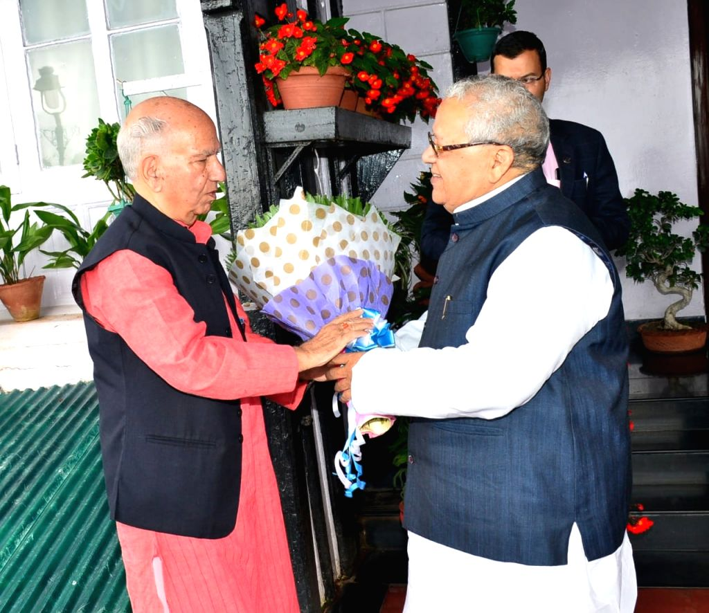 Former Himachal Pradesh Chief Minister Shanta Kumar meets Governor Kalraj Mishra at Raj Bhavan in Shimla on Aug 10, 2019. - Shanta Kumar and Kalraj Mishra