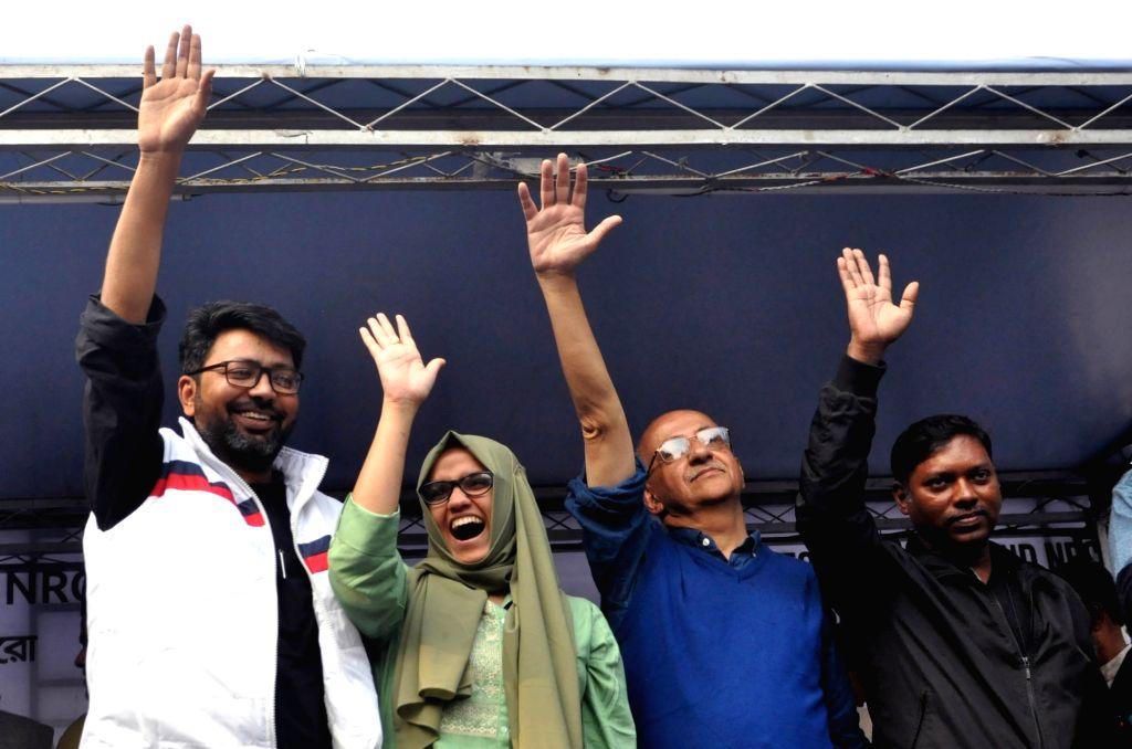 Former IAS officer Harsh Mandar, Jamia Millia Islamia University student Aysha Renna, former IAS officer Sasikanth Senthil and social activist Nadeem Khan during a protest march against CAA, ... - Nadeem Khan