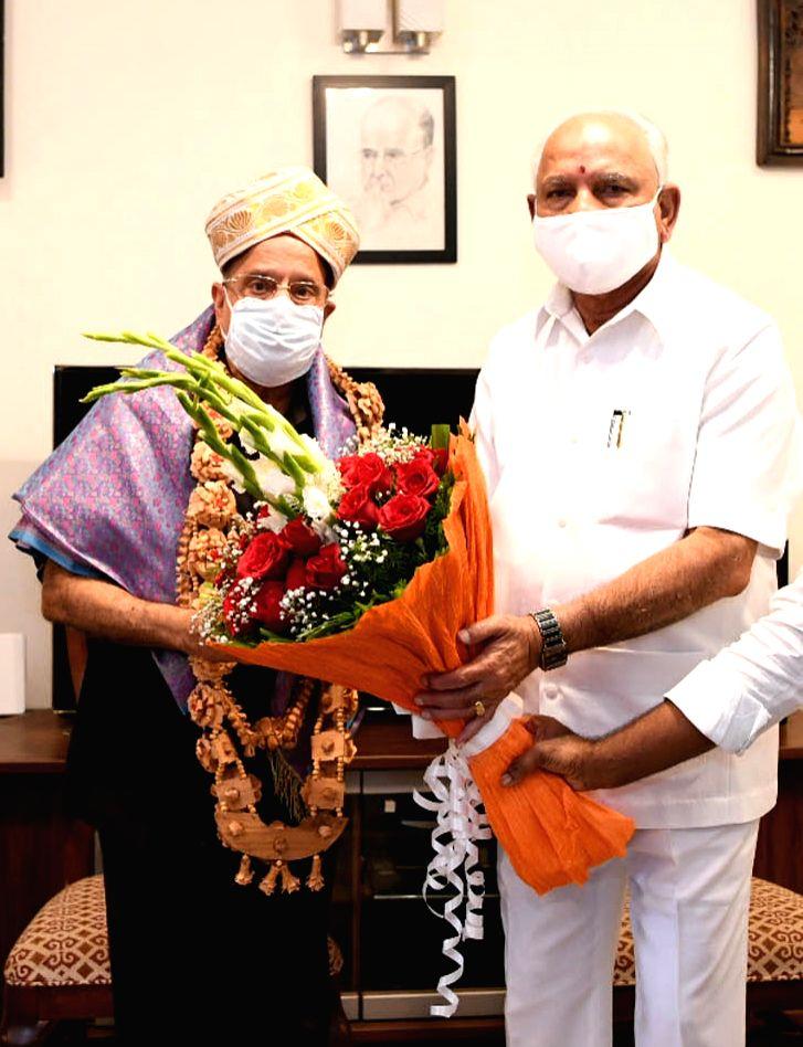 Former ISRO Chief Dr. K Kasturirangan, who led the nine-member team that authored the National Education Policy 2019 draft, called on Karnataka Chief Minister BS Yediyurappa, in Bengaluru ... - B