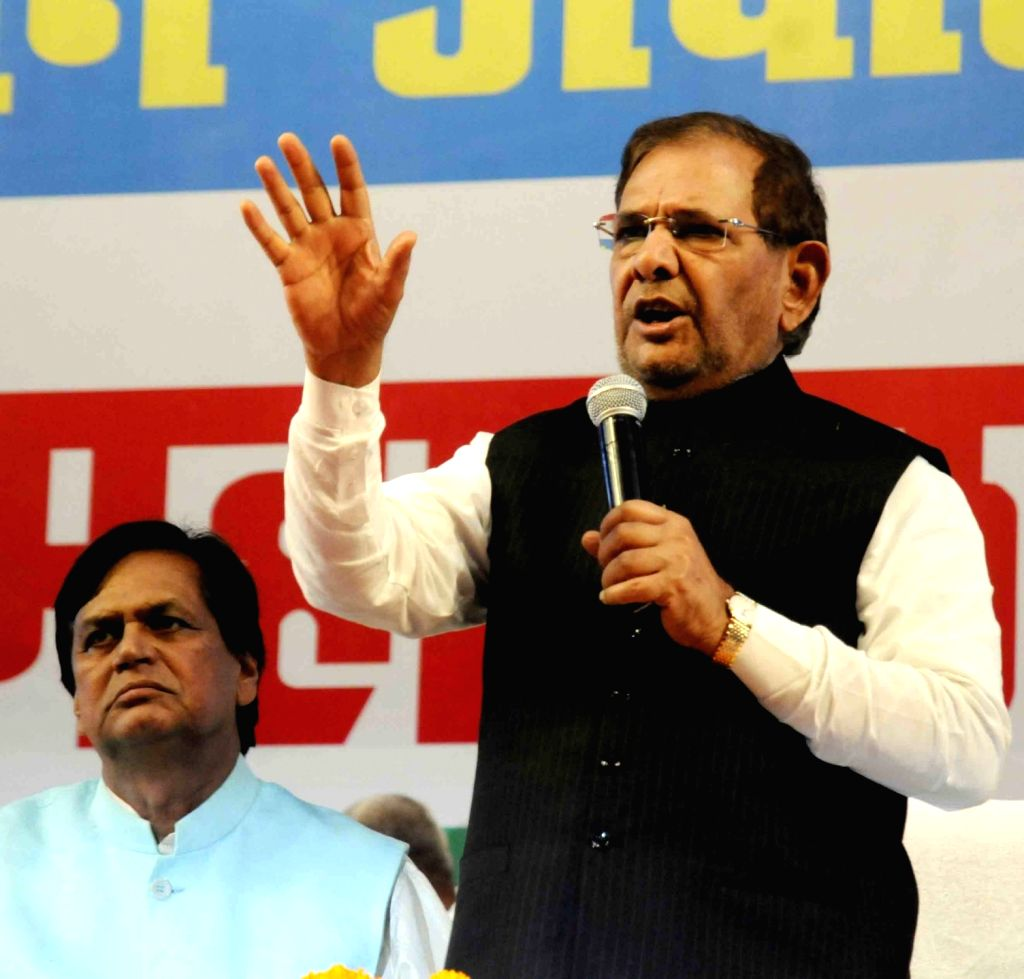 Former JD(U) chief Sharad Yadav addresses during a party meeting in Patna on Aug 19, 2017. - Sharad Yadav