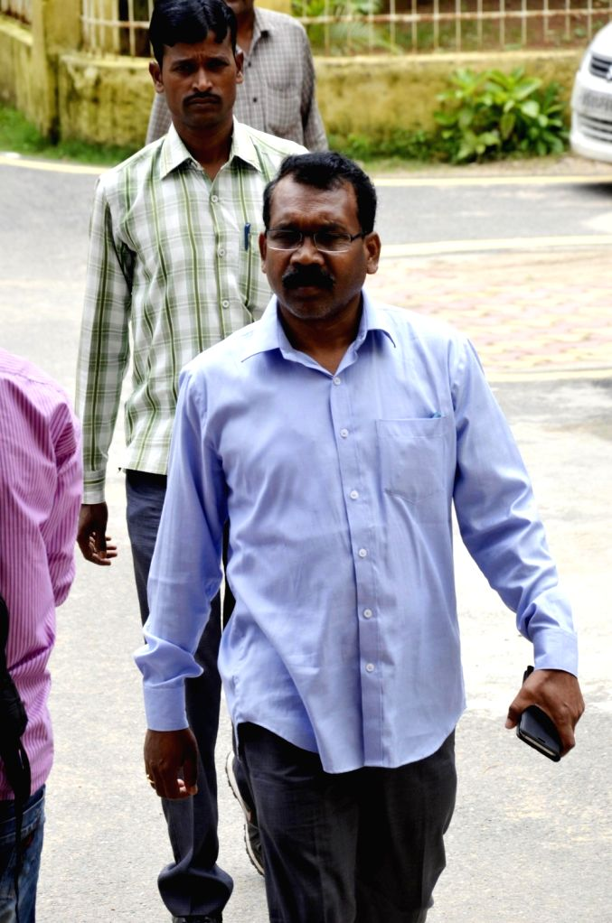 Former Jharkhand Chief Minister Madhu Koda arrives to appear before a special CBI court in Ranchi on Aug 17, 2017. - Madhu Koda