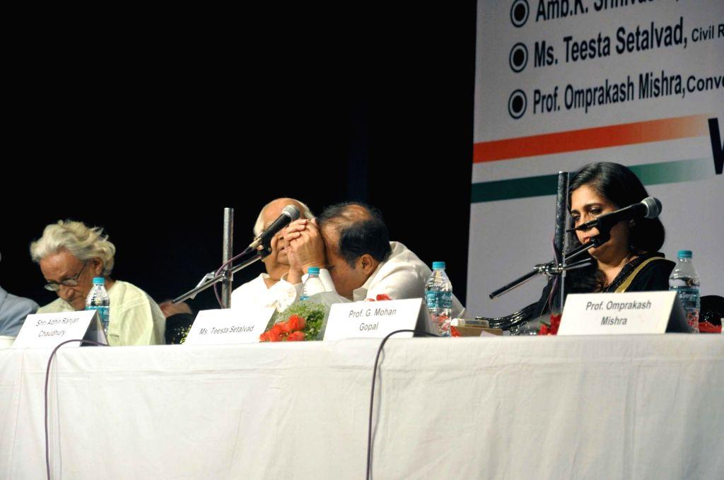Former Lok Sabha speaker Somnath Chatterjee, West Bengal Congress chief Adhir Ranjan Chawdhury, activist Teesta Setalvad and others during a seminar on Pandit Jawaharlal Nehru on his 126th ...
