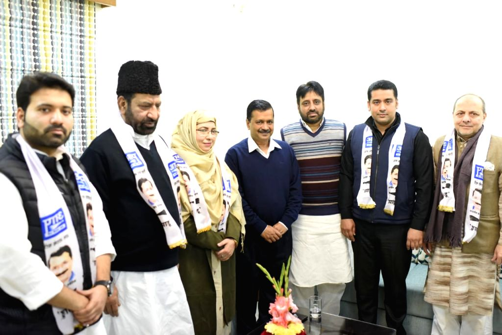 Former MLA and Deputy Speaker of Delhi Assembly Shoaib Iqbal, MCD Councillors from Congress Aley Mohammed Iqbal and Sultana Abad join Aam Aadmi Party in the presence of party President and ... - Arvind Kejriwal