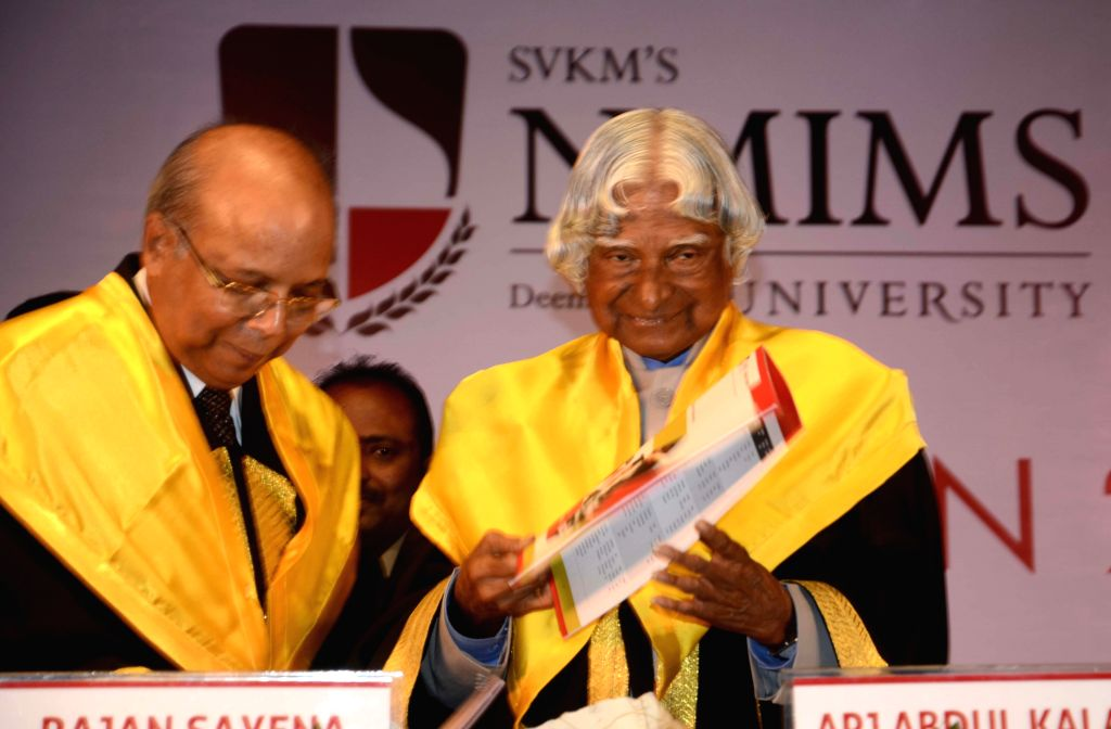 Former President of India A.P.J. Abdul Kalam during NMIMS Convocation 2014 in Mumbai on Aug 7, 2014.