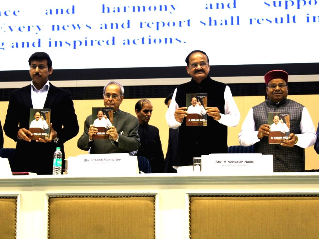 Former President Pranab Mukherjee and Vice President M. Venkaiah Naidu with Union minister Rajyavardhan Singh Rathore and Thawarchand Gehlot at the launch of a compilation of Selected ... - Rajyavardhan Singh Rathore, M. Venkaiah Naidu and Pranab Mukherjee