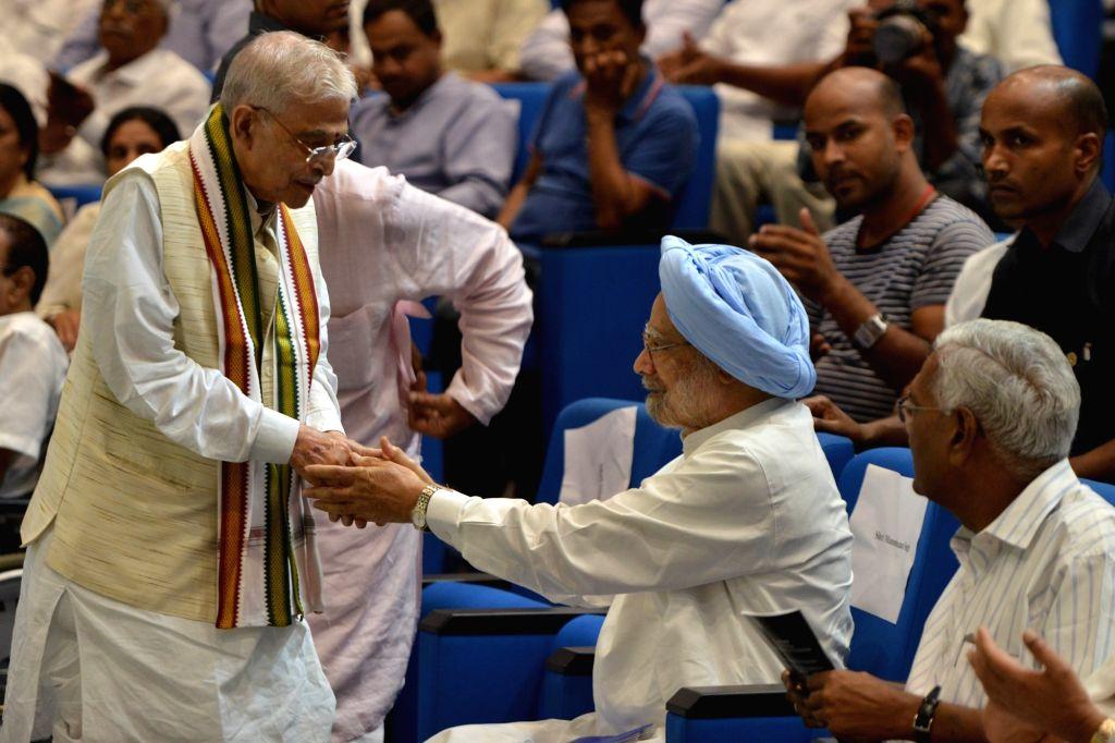 Former Prime Minister Manmohan Singh, senior BJP leader Murli Manohar Joshi and CPI general secretary D Raja during a condolence prayer meet organised in memory of former Union Minister S. ... - Manmohan Singh, Murli Manohar Joshi and S. Jaipal Reddy