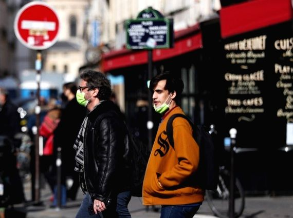 France tightens Covid-19 restrictions