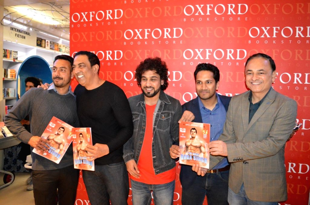 """Free Photo: Film and television actor Vindu Dara Singh, son of veteran actor and wrestler Dara Singh, launched his first comic book """"The Epic Journey of the Great Dara Singh"""". - Vindu Dara Singh"""
