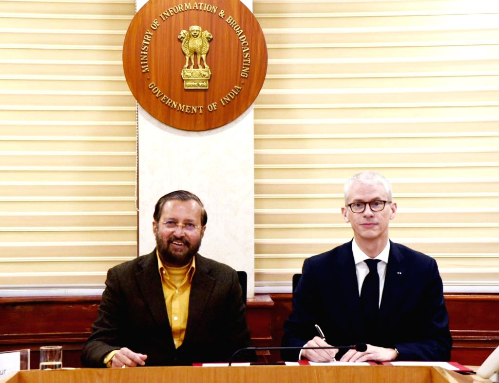 French Culture Minister Franck Riester meets Union Environment, Forest and Climate Change, Information & Broadcasting and Heavy Industries and Public Enterprise Minister Prakash ... - Franck Riester