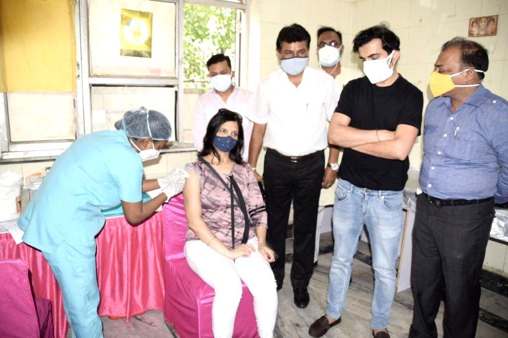 Gambhir sets up free Covid vax camps in East Delhi.  (Credit : Twitter)