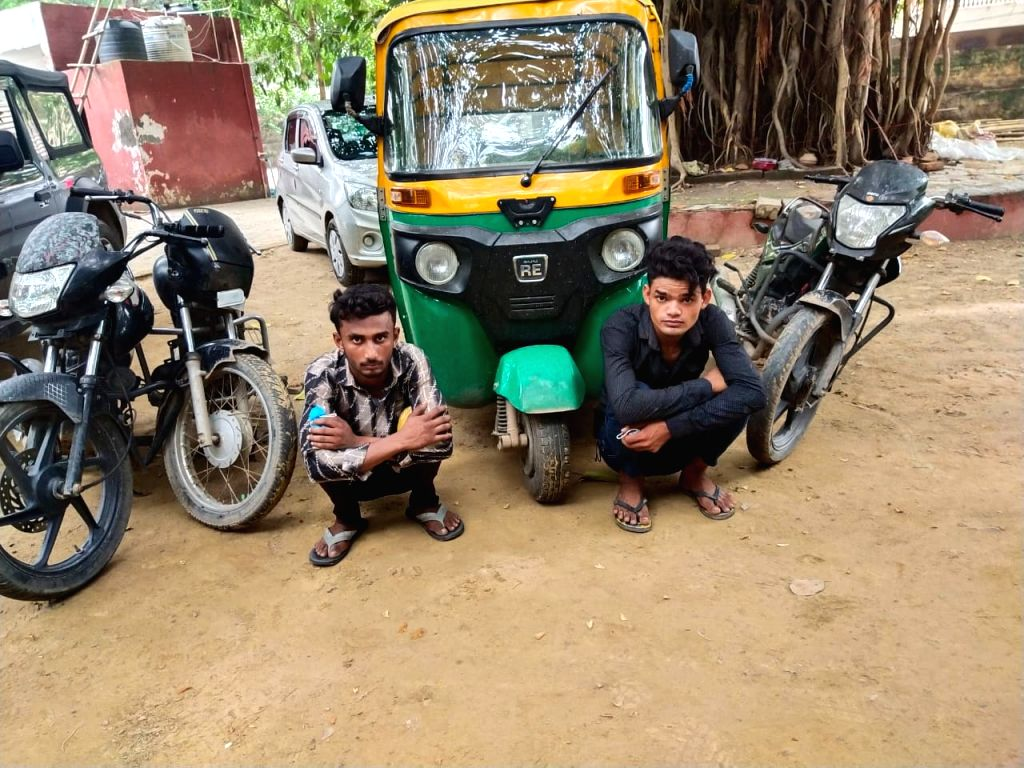 Gang of vehicle lifters held in Gurugram; two vehicles, autos recovered