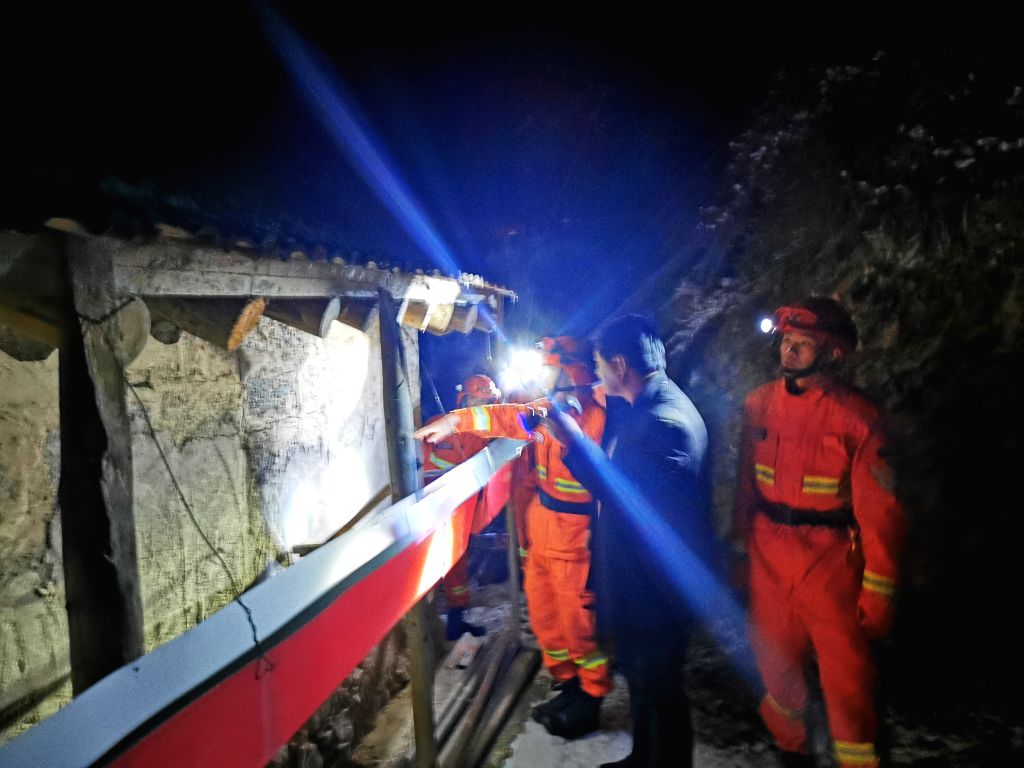 GANNAN, Oct. 28, 2019 - Firefighters do rescue work in quake-hit Xiahe County, Gannan Tibetan Autonomous Prefecture of northwest China's Gansu Province, Oct. 28, 2019. No casualties have been ...