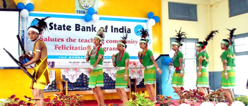 Garo dancers perform their traditional dance at a function organised by the State Bank of India as its Corporate Social Responsibility in Tura on Sept 9, 2014.
