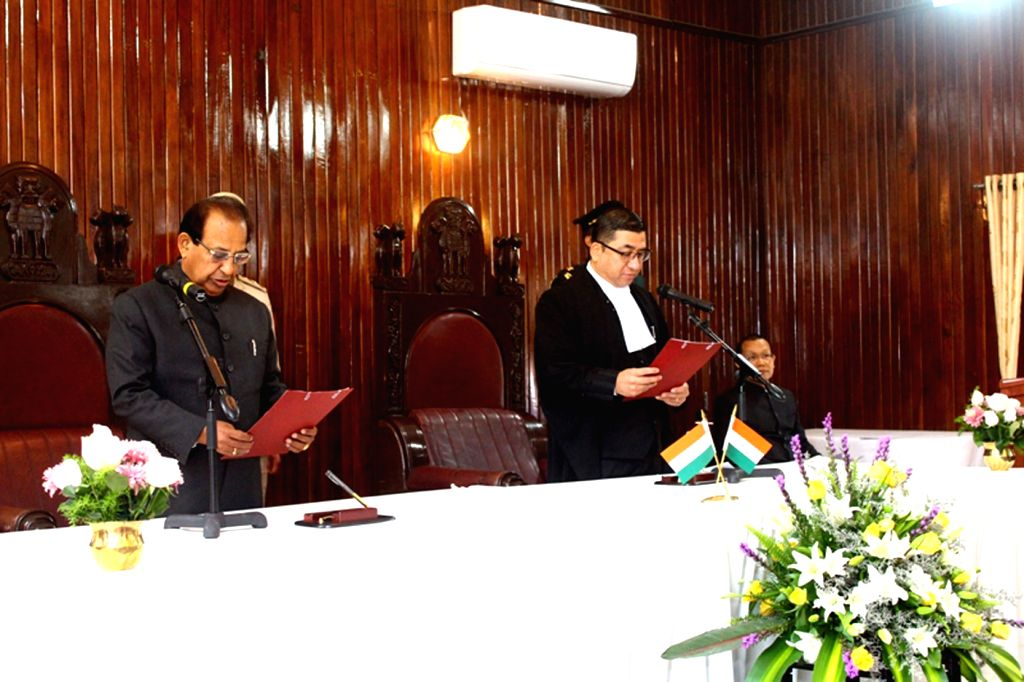 Gauhati High Court judge, Justice Nelson Sailo administer oath of office to Assam Governor Jagdish Mukhi as the 24th Governor of Mizoram in the Durbar Hall of Raj Bhavan in Aizawl on March 9, ... - Nath Kovind