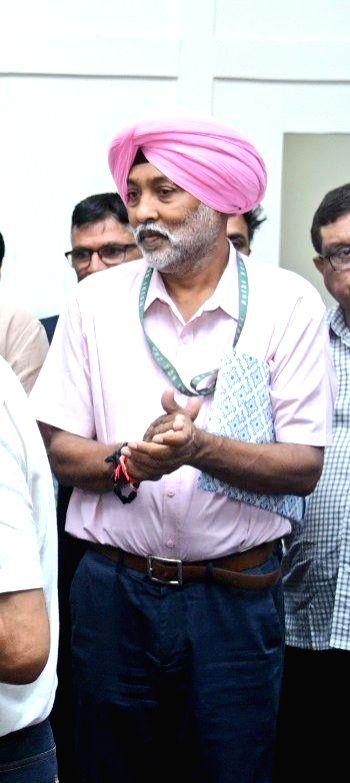 Gavaskar's CHAMPS, govt assist ailing hockey Olympian MP Singh.