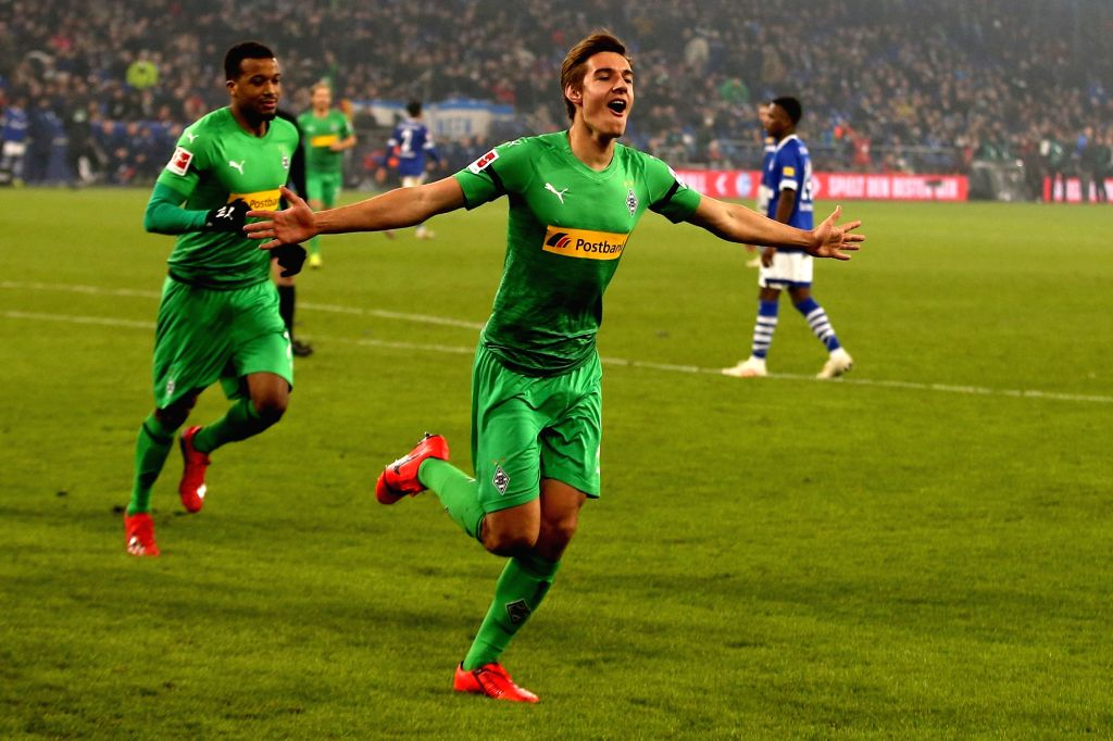 GELSENKIRCHEN, Feb. 3, 2019 - Florian Neuhaus (front) of Moenchengladbach celebrates after scoring during the Bundesliga match between FC Schalke 04 and Borussia Moenchengladbach in Gelsenkirchen, ...
