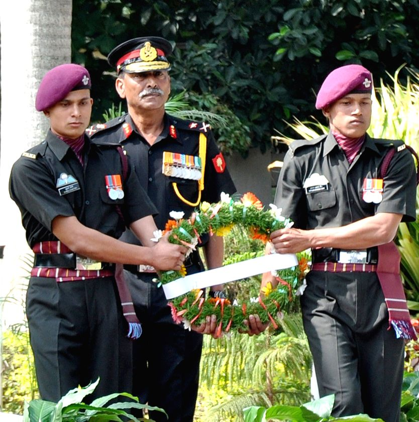 General Officer Commanding (GOC), Karnataka and Kerala Sub Area, Major General A K Singh pay homage to War Heroes on the occasion of the 68th Infantry Day at Parachute Regiment Training ...