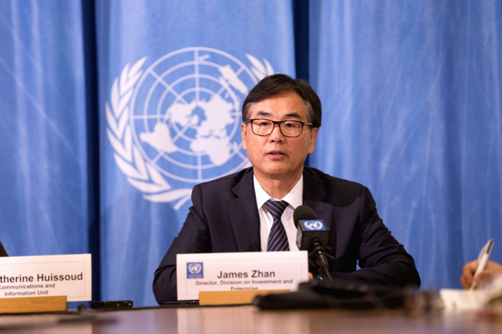 GENEVA, Oct. 15, 2018 (Xinhua) -- James Zhan, Director of the United Nations Conference on Trade and Development (UNCTAD)'s Investment and Enterprise Division, speaks at a press conference in Geneva, Switzerland, Oct. 15, 2018. China becomes the larg