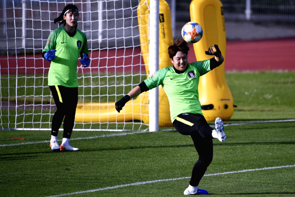 GENNEVILLIERS, June 7, 2019 - Goalkeepers of South Korea attend a training for the upcoming opening match of FIFA Women's World Cup France 2019 between France and South Korea in Gennevilliers, France ...