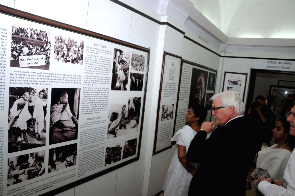 German Foreign Minister Frank-Walter Steinmeier at the ​​Mahatma Gandhi Memorial in New Delhi on Sept 7, 2014. - Frank-Walter Steinmeier
