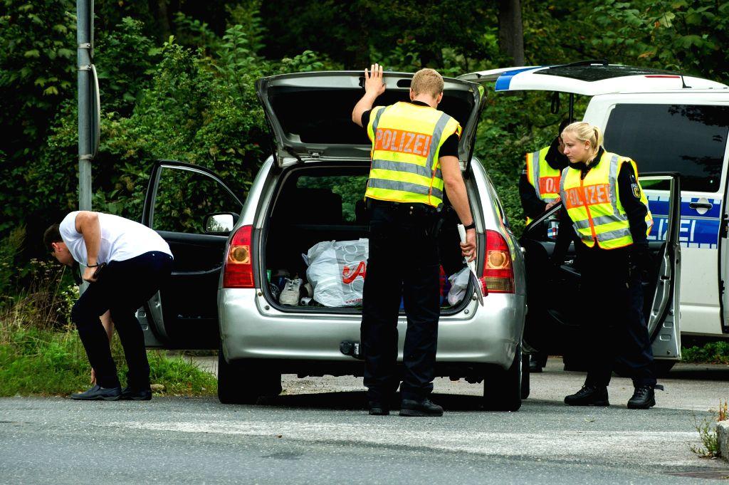 German police conduct major raid against organised crime
