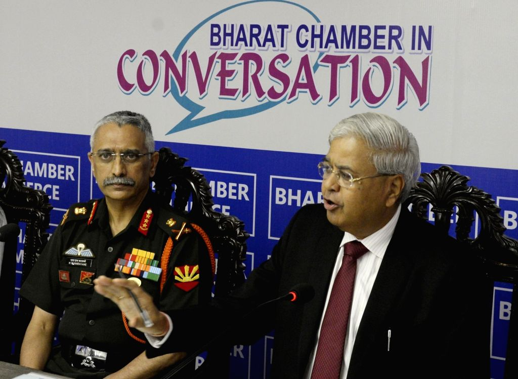 "GOC-in-C, Eastern Command Lt Gen MM Naravane during a special session on ""Defending our Border at Bharat Chamber of Commerce"" in Kolkata on Aug 27, 2018."