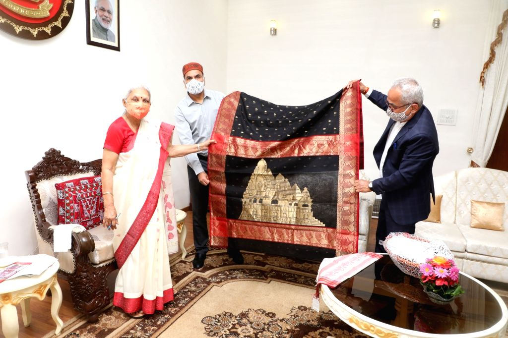 Governor launches saree with Khajuraho temples.