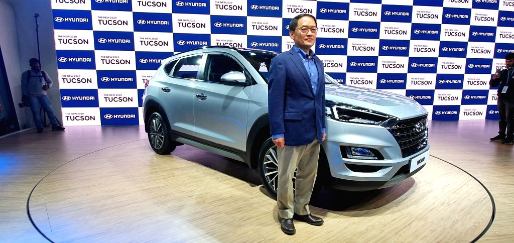Greater Noida: Hyundai Motor India MD and CEO S S Kim unveils the new Hyundai Tuscon at Auto Expo 2020, in Greater Noida on Feb 5, 2020.