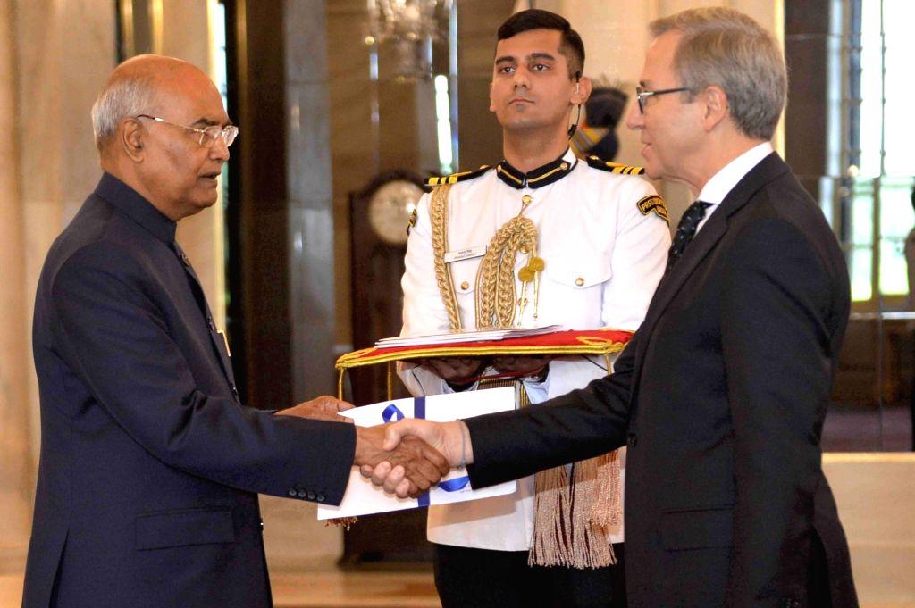 Greek Ambassador Designate H.E. Dionyssios Kyvetos presents his credentials to President Ram Nath Kovind at Rashtrapati Bhavan in New Delhi on Aug 28, 2019. - Nath Kovind