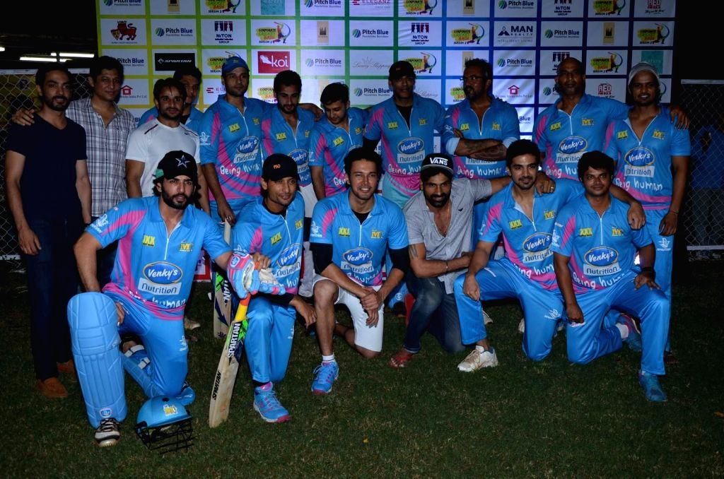 Group photo of team Mumbai Heros during the Corporate Cricket Match Season 2, in Mumbai, on Oct 26, 2015.