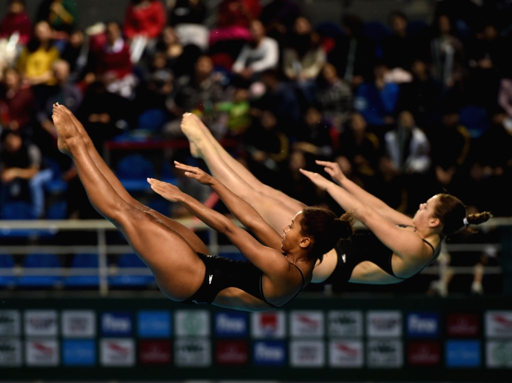 GUANGZHOU, March 9, 2017 - Canada's Jennifer Abel/Melissa Citrini Beaulieu (R) compete during the Women Synchronised 3m event at the 2017 FINA Diving World Series in Guangzhou, capital of south ...