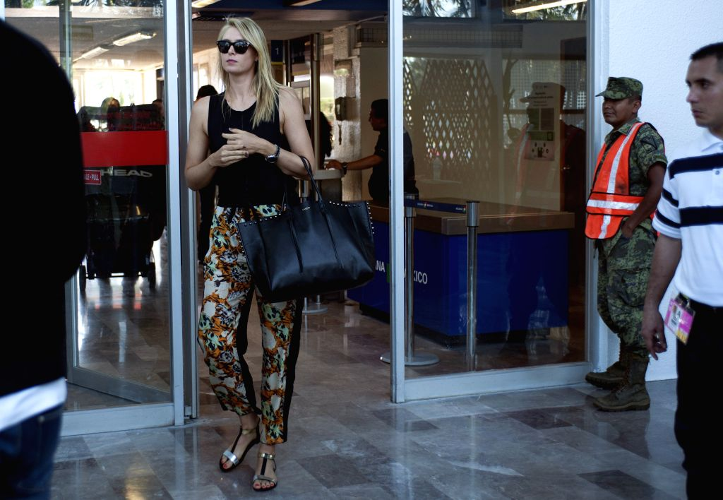 Russia's Maria Sharapova arrives at Acapulco to participate in the Mexican Open tennis tournament, in Guerrero State, Mexico, on Feb. 20, 2015. (Xinhua/Jesus ...