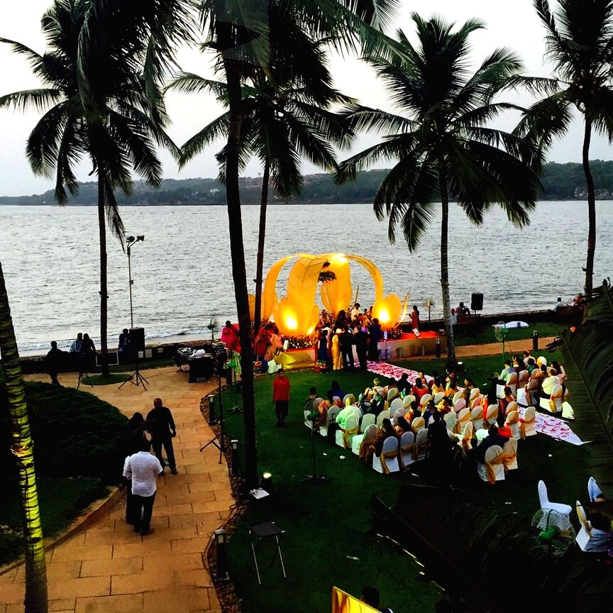Guide for a perfect monsoon wedding