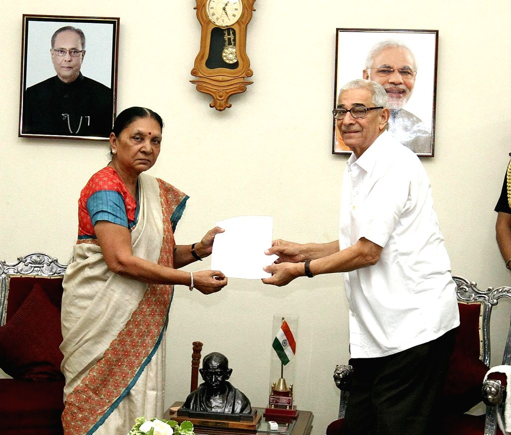 Gujarat Chief Minister Anandiben Patel hands over her resignation to Governor OP Kohli at Raj Bhavan in Gandhinagar on Aug 3, 2016. - Anandiben Patel