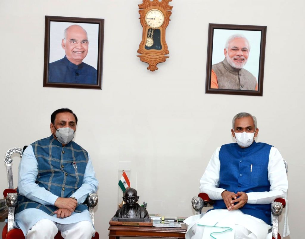 Gujarat CM Rupani visit of Gujarat governor Devvrat.