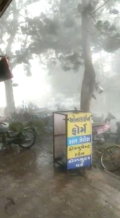 Gujarat continues to witness heavy rains, Anjar worst hit.