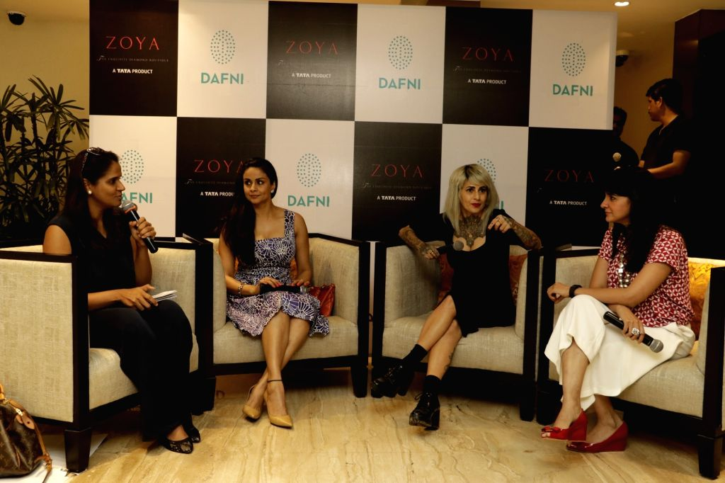 Gul Panag, Sapna Bhavnani And Shruti Seth arrive for a discussion on summer style and beauty trends by Zoya boutique in Mumbai on April 20, 2016. - Gul Panag