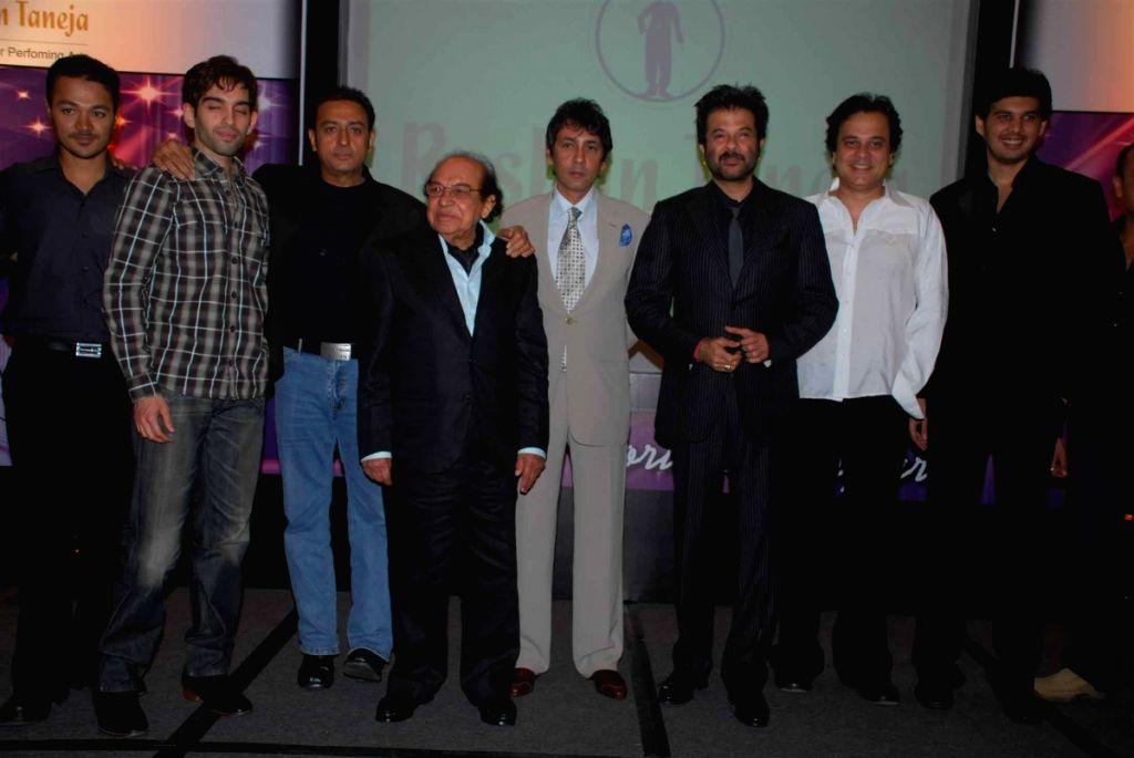 Gulshan Grover, Kumar gaurav and Anil Kapoor at Roshan Taneja's Birthday.