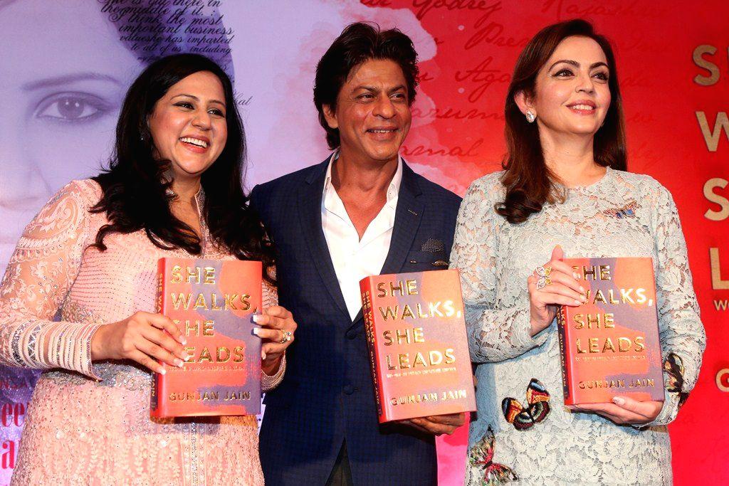 Gunjan Jain Author, Shah Rukh Khan and Nita Ambani at the unveiling of She Walks She Leads - Gunjan Jain Author, Rukh Khan and Nita Ambani