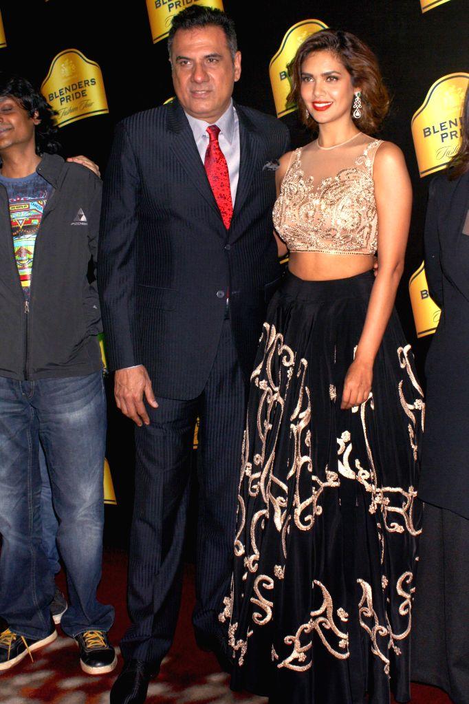 Actors Boman Irani, Esha Gupta at the Blenders Pride Fashion Tour 2014, in Gurgaon, on Nov 23, 2014. - Boman Irani and Esha Gupta