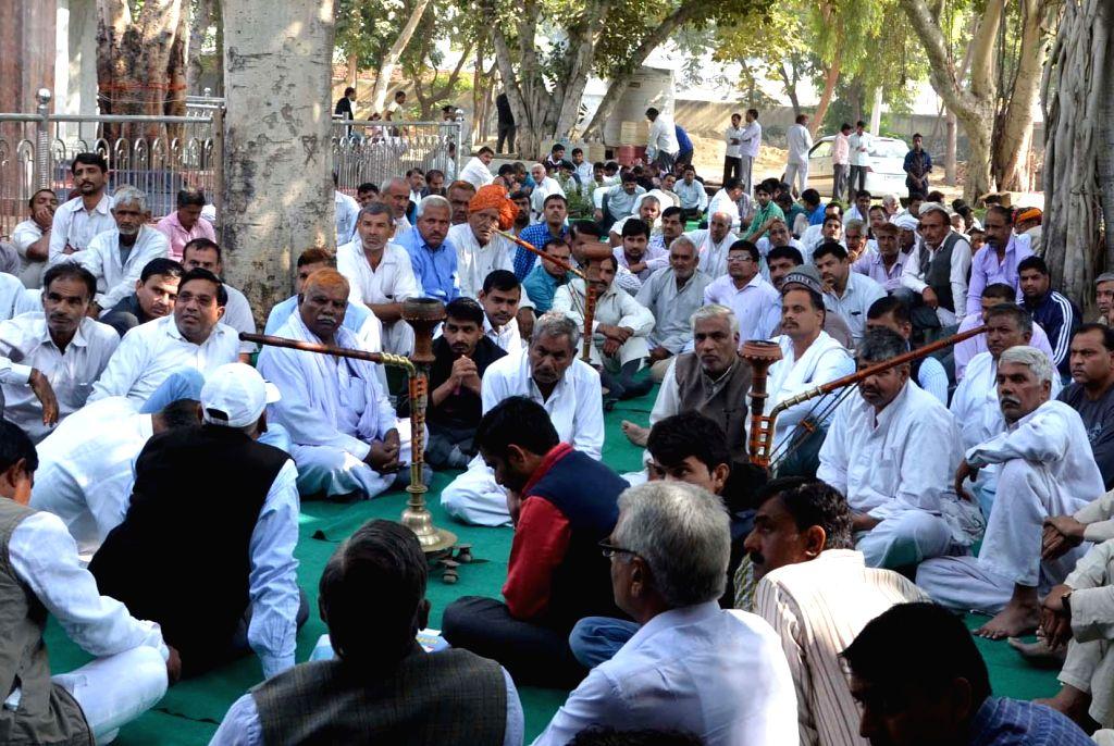 Representatives of 72 villages participate in a Mahapanchayat regarding Kherki Daula  toll plaza on National Highway 8 in Gurgaon, on Nov 23, 2014.