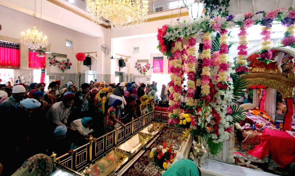 Guru Nanak Jayanti celebrations at Gurdwara Rakab Ganj Sahib in New Delhi, on Nov 25, 2015.