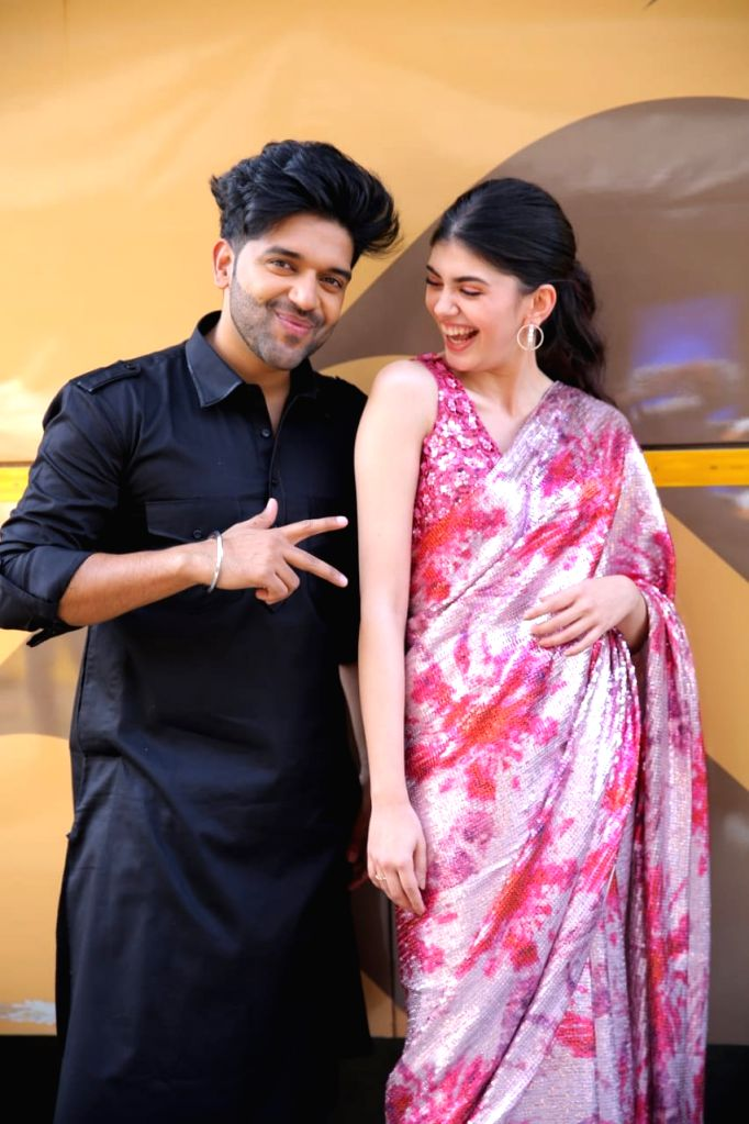 Guru Randhawa and Sanjana Sanghi seen at Kapil Sharma Show in FilmCity on Jan 10, 2021. - Kapil Sharma Show